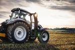 Агропромышленный холдинг Авида приобрел технику Valtra корпорации AGCO